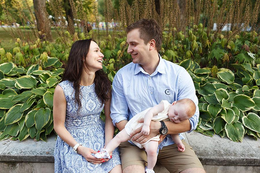 Счастливая семья, фотосессия в парке