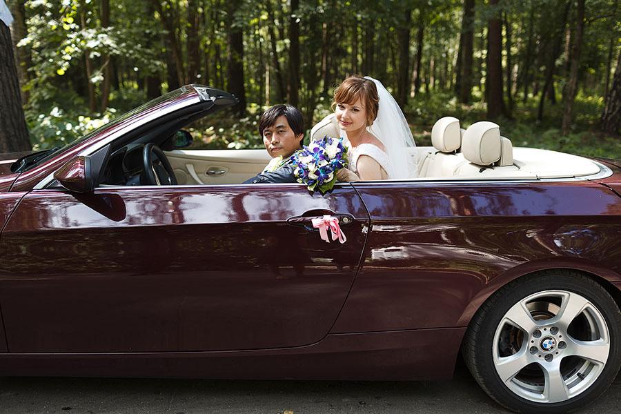 Свадебная фотосессия в кабриолете