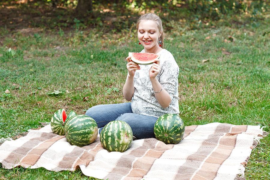 Беременная и арбузы