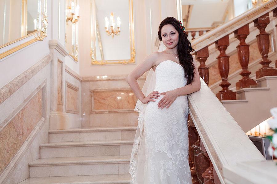 Ирина на лестнице