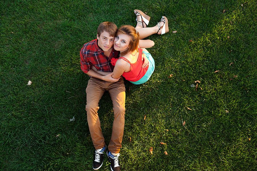 Влюбленные Саша и Витя
